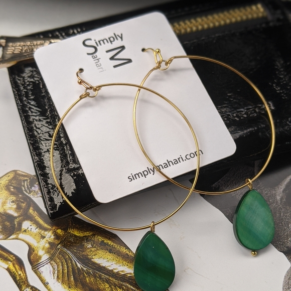Simply Mahari Jewelry - Mahari Minimalist Hoop Earrings